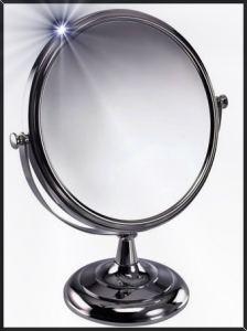 illustration Un matin devant le miroir